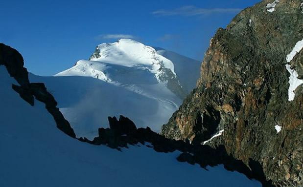 Strahlhorn (4190 m)