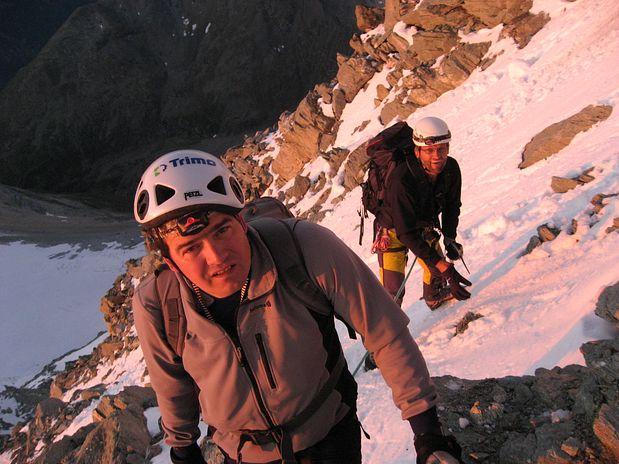 Gregor in Toni v prvih sončnih žarkih, Weisshorn, Švica