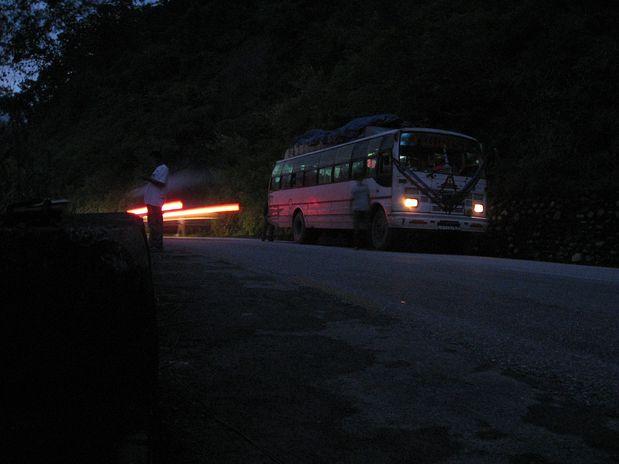 Voznja iz Katmanduja v Taplejung