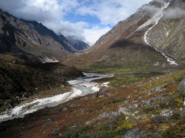 Pokrajina v blizini vasi Kangbacen